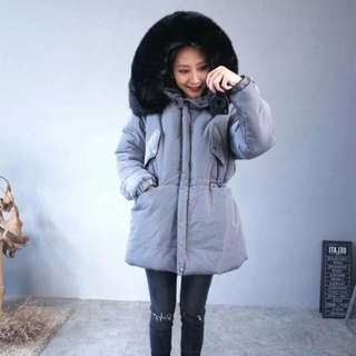 特別款黑色毛毛防風外套