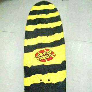 Skateboard (Santa Cruz Bone Slasher)