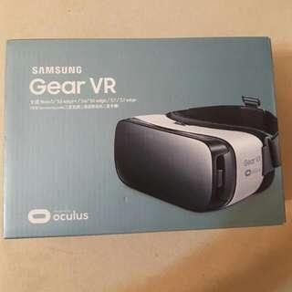 三星Gear VR穿戴3D眼鏡