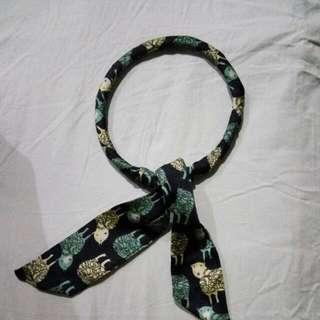 scarf lilit lingkar magnet
