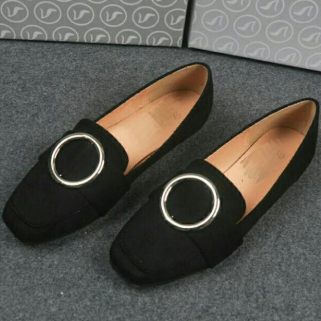 簡約風金屬女鞋 大尺碼