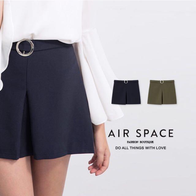 AIR SPACE 金屬圓釦開衩短裙 S號