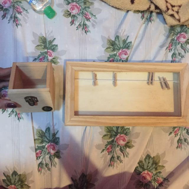 Box With Glass And Frame