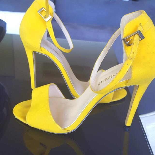 Classy Yellow Suede Designer Shoe