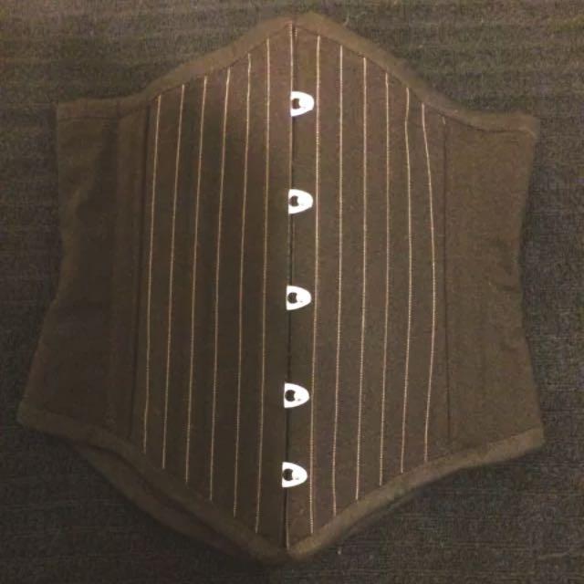 Gallery Serpentine Pirouette Movement Underbust Corset, Size 8, Pinstripe