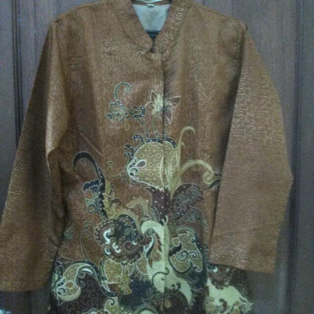 Kemeja Batik Wanita