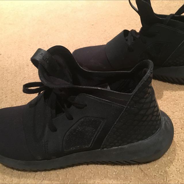 Limited Triple Black Adidas Tubular Size 8