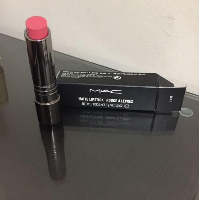 MAC Matte Lipstick -silly (colour)