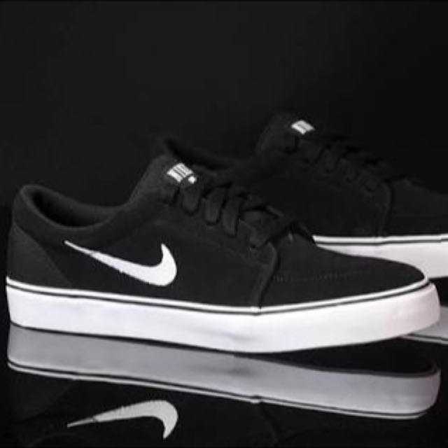 Nike SB Sneakers Size 7