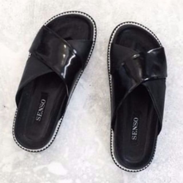 Senso - Kacey Slippers Ebony Hi Shine
