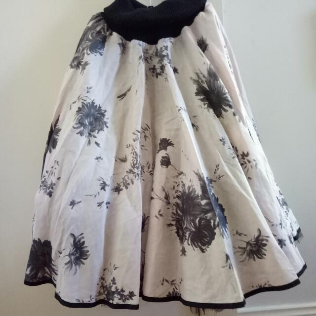 Stunning Skirt By Cooler By Trelise