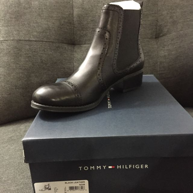Tommy Hilfiger Women's 'Kamala' Leather Boots