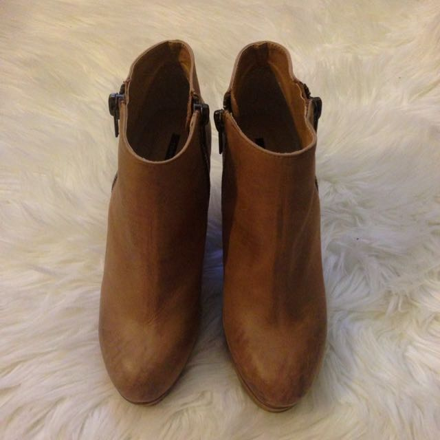 Tony Bianco Boot Heels - Size 9
