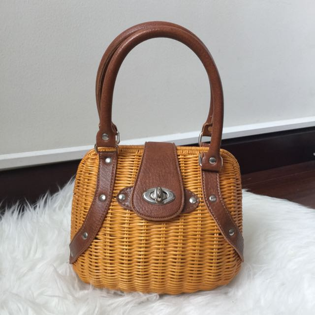 Unique Rotan Rattan Brown Leather Bag