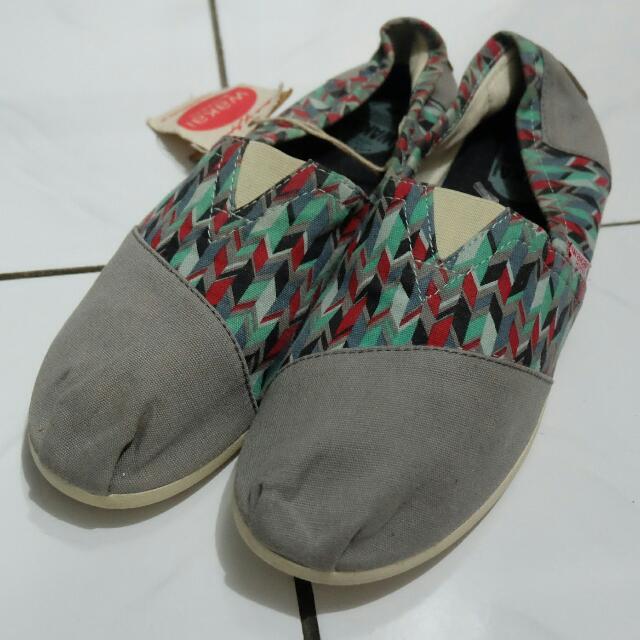 Wakai shoes original new