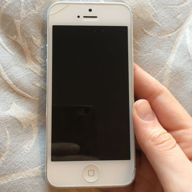 White iPhone 5 Unlocked