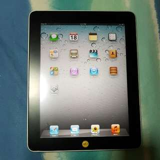 Apple Ipad 2 *16GB WIFI 3G. Mint Condition with Original Apple Wall Charger. No Box