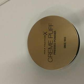 MaxFactor Creme Puff Pressed Powder
