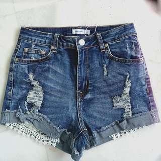 TEMT valleygirl Crochet Pockets Highwaist Ripped Denim Shorts