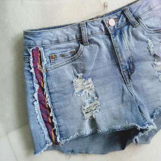 TEMT valleygirl Tribal Ripped Light Denim Shorts