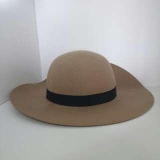 Cotton On Tan Floppy Hat