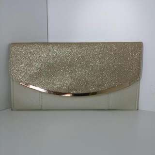 Colette Clutch With Chain Strap