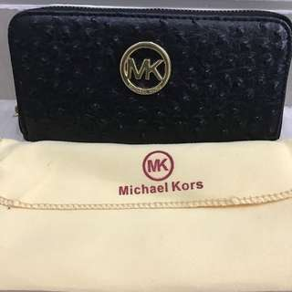 Preloved Dompet Panjang Michael Korz