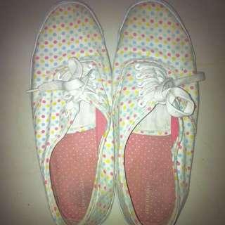Sneakers Murah!! By Payless