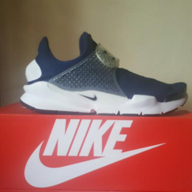 best sneakers 1fab7 98d0e 🏁Price Reduce🏁, 💯 Authentic , 💯 Nike Sock Dart, 💯 Brand New In Box /  On Hand