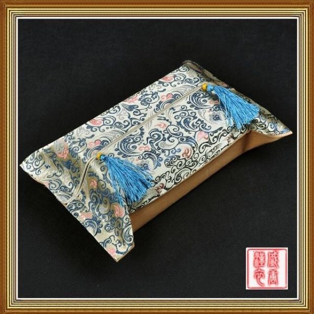 Back To Ancient Tissue Box Cover -米黄战国花