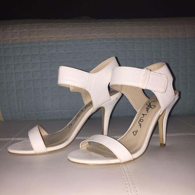 Betts Small White Heel