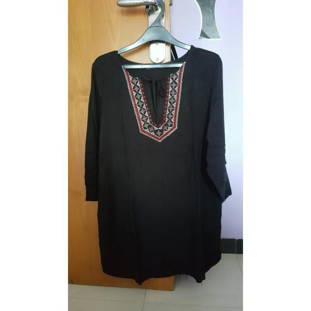 Black Dress With Bordir