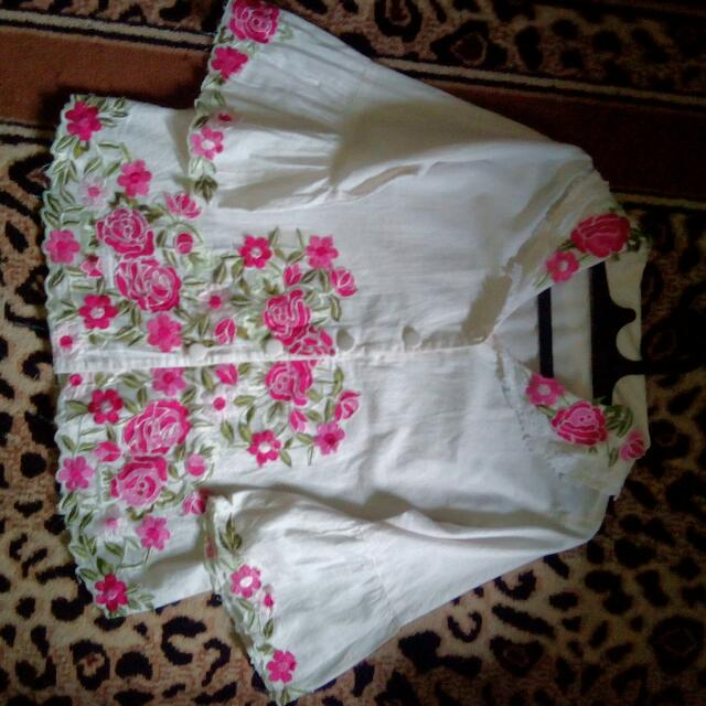 Blouse White Embrodery