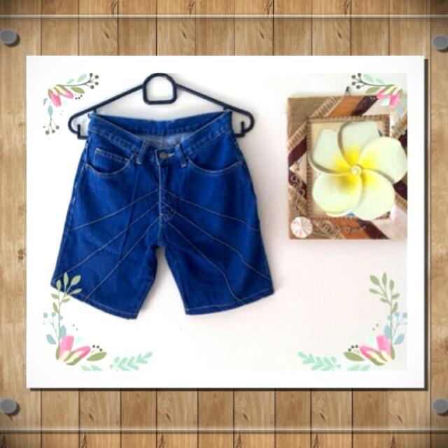 ☑ Blue Jeans  💵 Harga Pas❌No Nego👌Sudah Murah👍Masih Bagus  🙋 Tolong buat tawaran dulu jika Fix Order/Deal  🔎 @handoverme
