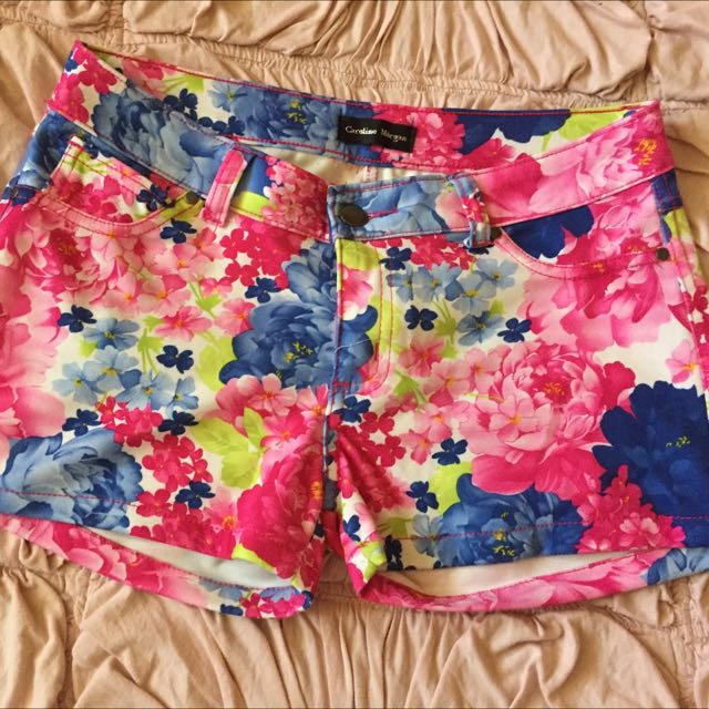 Caroline Morgan Floral Shorts