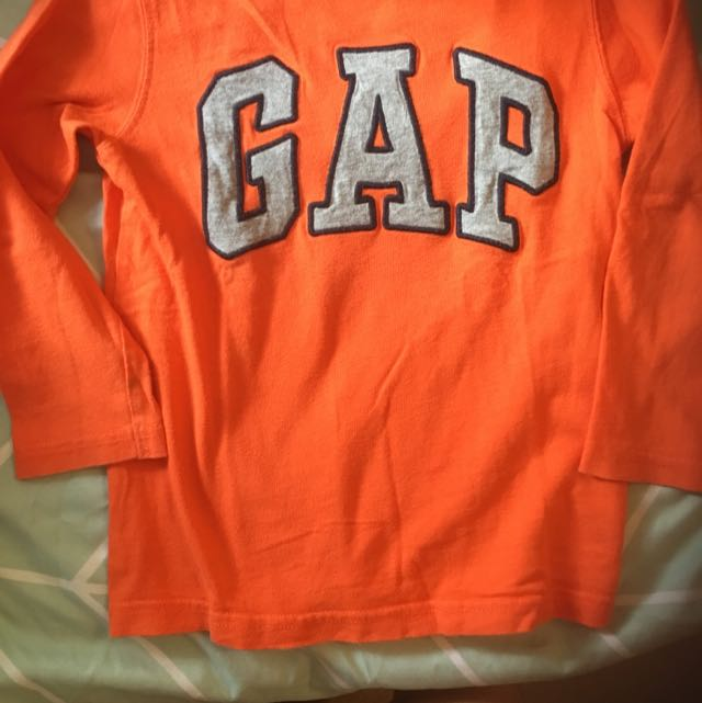 GAP Longsleeved Cotton Top