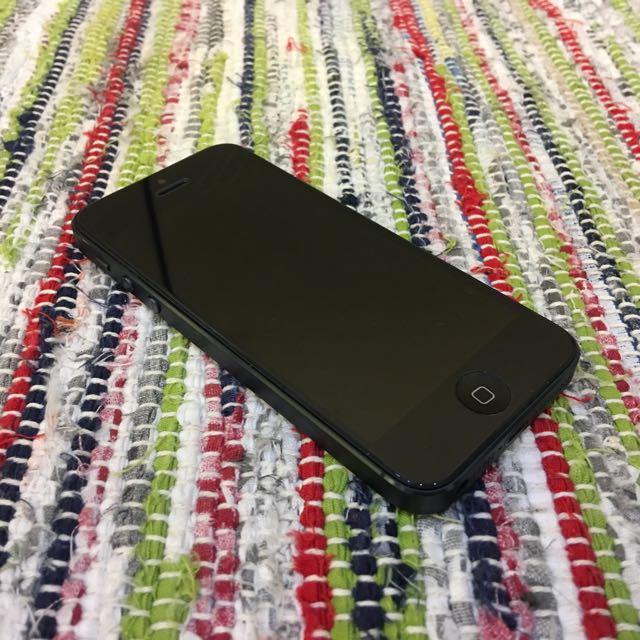 iPhone 5 64G 灰色