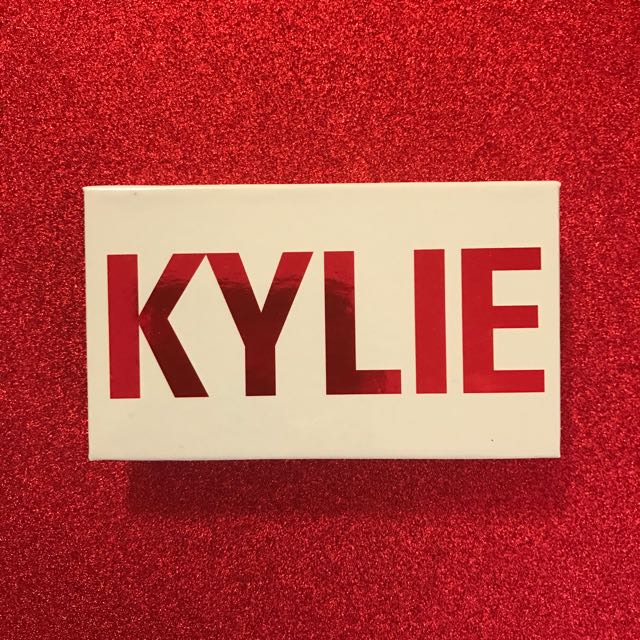 Kylie Cosmetics Valentines Day Collection Eyeshadow Mini Kiss Me Peach