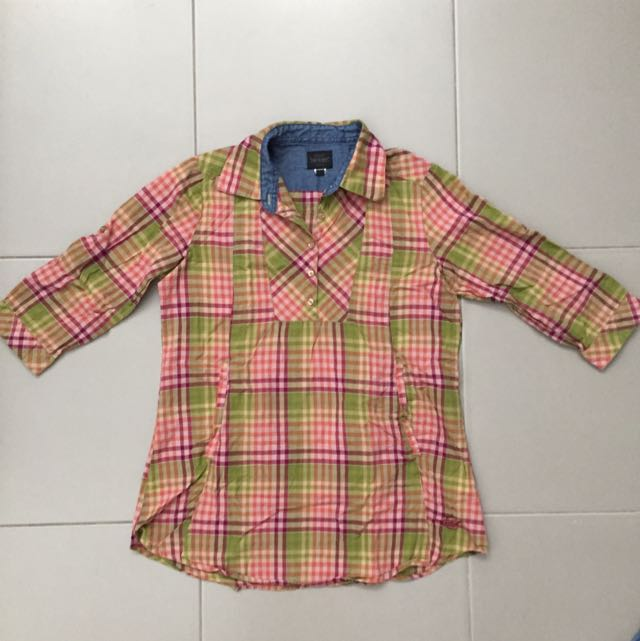 Levis Plaid Top
