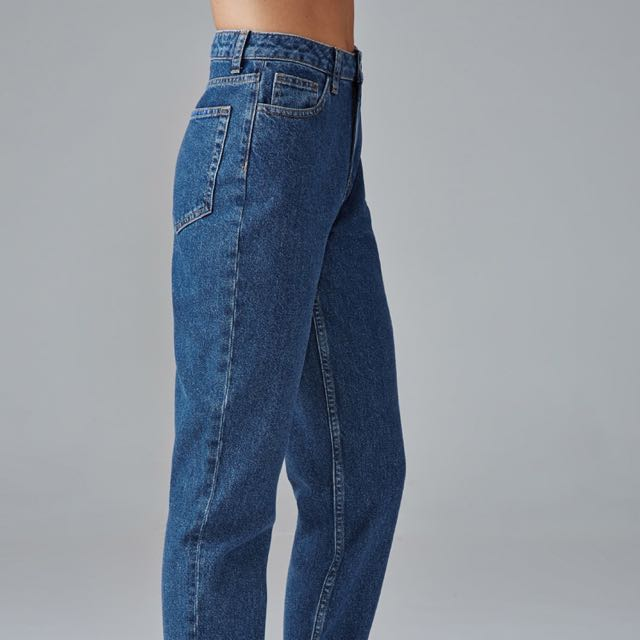 ea1f810464 Mom Jeans forever 21, Women's Fashion, Clothes, Pants, Jeans & Shorts on  Carousell