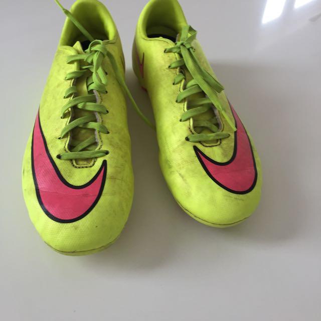 Nike Football Boats