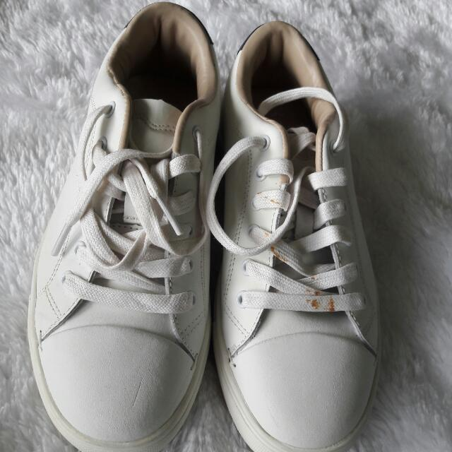 PRELOVED AUTHENTIC MANGO WHITE SNEAKERS