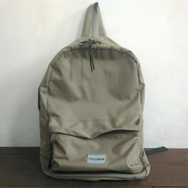 Pull and Bear Backpack ransel