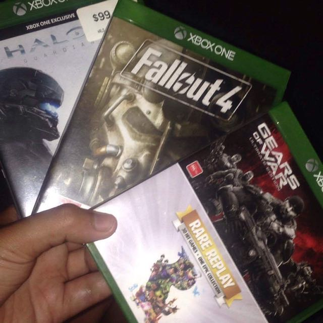 Selling 3 Assorted Xbox One Games