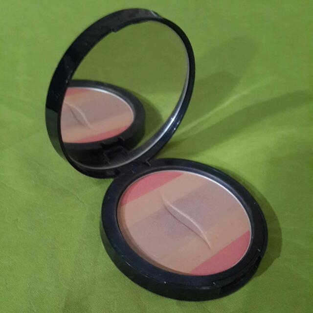 Sephora Shimmering Bronzing Powder