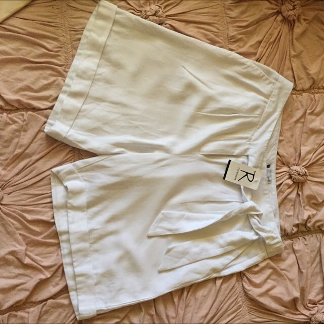 Size 10 White Dress Shorts