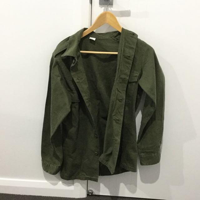 Urban Outfitters Green Jacket Size 8-12