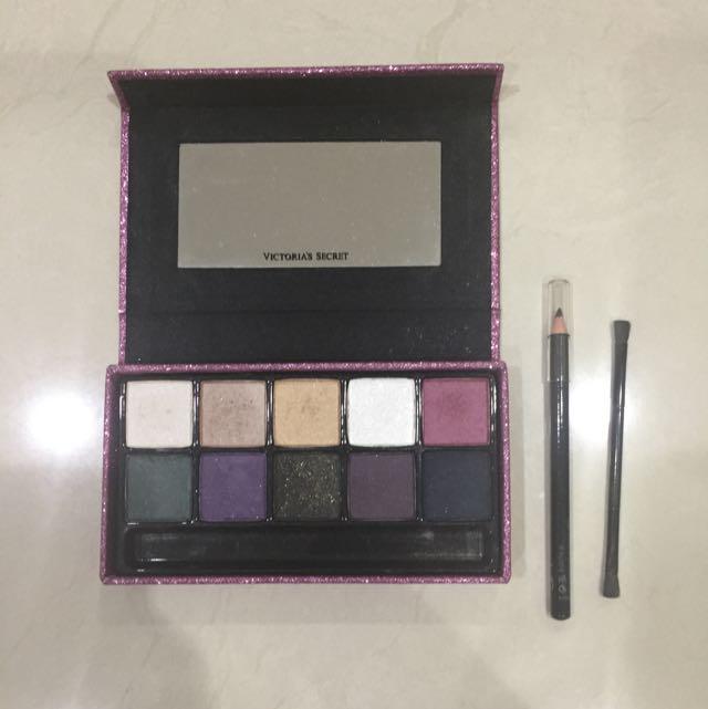 00d18c083b756 Victoria's Secret Midnight Jewel Eyeshadow Palette Holiday Edition