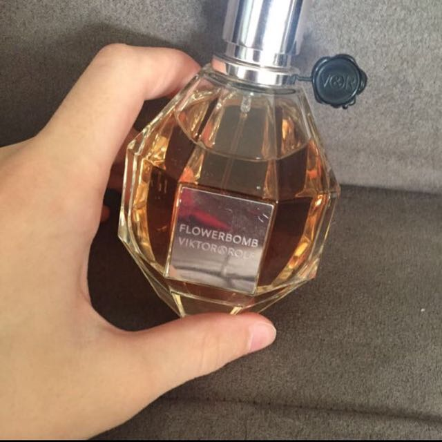 Viktor And Rolf Flowerbomb EDP