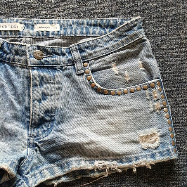 WRANGLER Relaxed Cheeky Denim Shorts Size 9